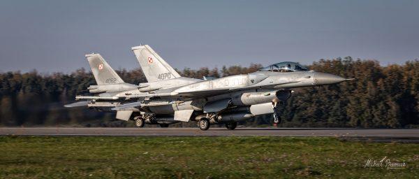 Lockheed Martin F-16C Jastrząb (4070 i 4062) (fot. Michał Banach)