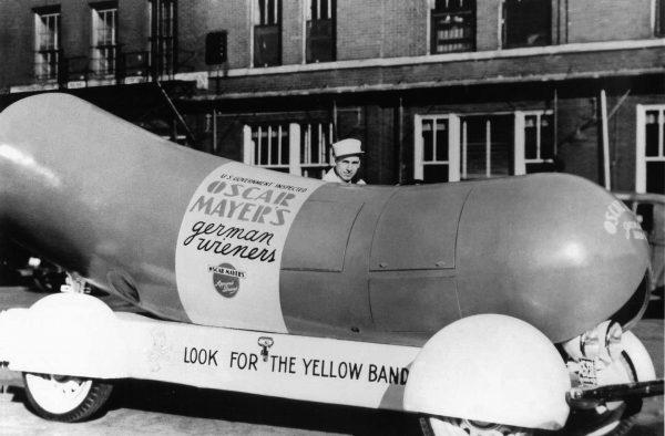Oryginalny Wienermobile z 1936 roku