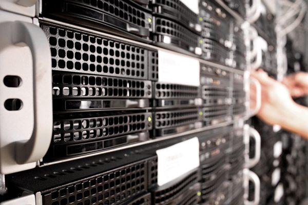 Serwer VPS to znakomita alternatywa dla hostingów współdzielonych (fot. Pixabay.com)