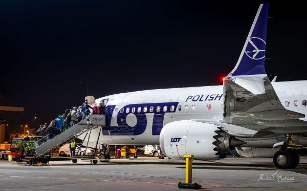 Boeing 737 MAX 8 (SP-LVA) (fot. Michał Banach)
