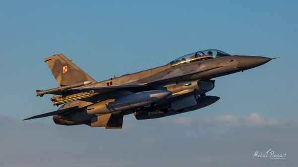 Lockheed Martin F-16D Jastrząb (4082) (fot. Michał Banach)