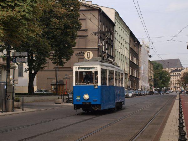 Tramwaj typu 4N w Krakowie (2010 rok) (fot. Wikimedia Commons)