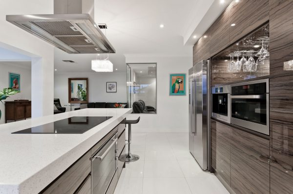 Lodówki side by side idealnie pasują do dużych i przestronnych kuchni