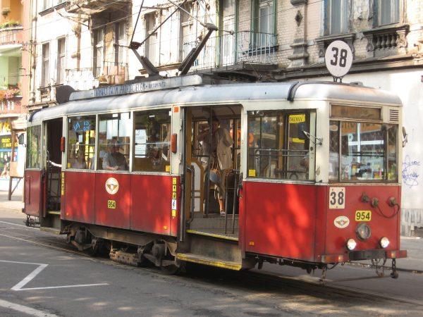 Tramwaj typu N w Bytomiu (2006 rok) (fot. Wikimedia Commons)