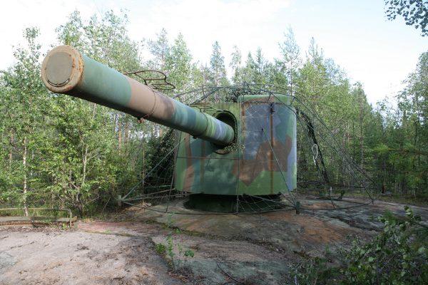 Zachowane działo kalibru 152 mm z HSwMS Gustaf V (fot. Wikimedia Commons)