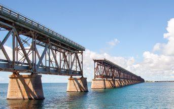 Opuszczony most Bahia Honda Rail Bridge na Florydzie