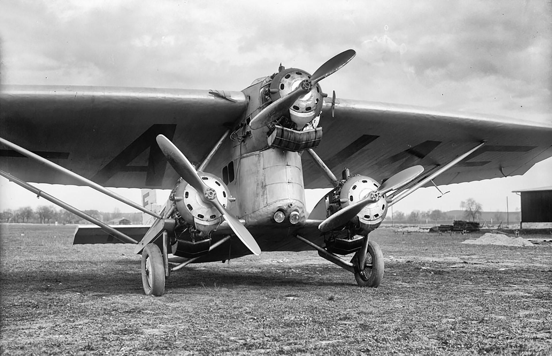 Farman F.120/121 — необычный самолет легко сказано