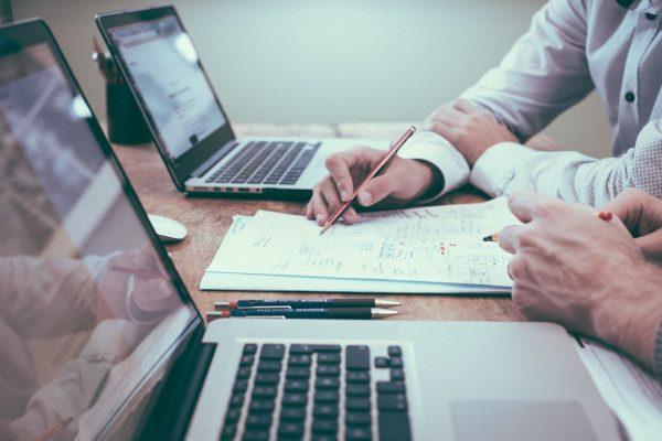 Systemy ERP integrują wszystkie obszary działalności przedsiębiorstwa i usprawniają proces zarządzania
