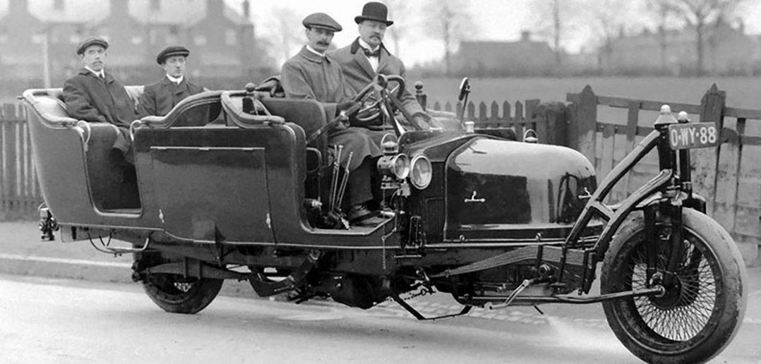 Gyrocar - stabilizowany żyroskopowo dwukołowy samochód