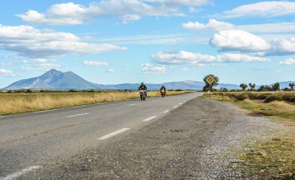 Wycieczki motocyklem do ciepłych krajów wymagają sumiennego zaplanowania. Oprócz formalności należy zadbać także o odpowiednie wyposażenie.