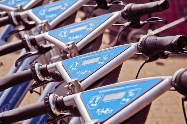 """Rok 2019 będzie bez wątpienia """"rokiem sharingu"""", czyli wszelkiego rodzaju wypożyczalni rowerów, samochodów oraz nawet ubrań"""
