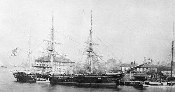 USS Enterprise w Nowym Jorku
