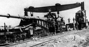 """Lange 21 cm Kanone in Schiessgerüst - niemieckie """"Działo paryskie"""""""
