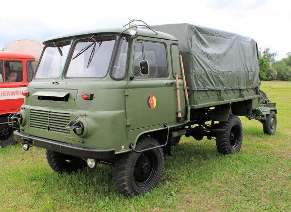 Ciężarówka Robur LO 2002A (fot. Wikimedia Commons)