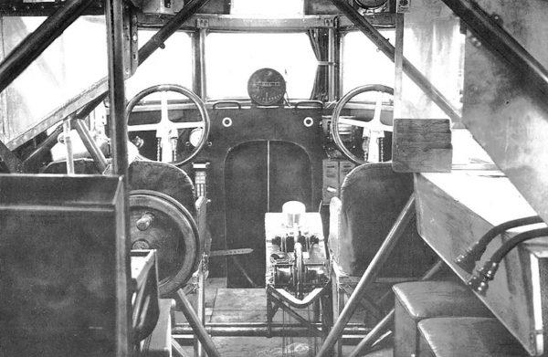 Kokpit Zeppelin-Staaken R.VI