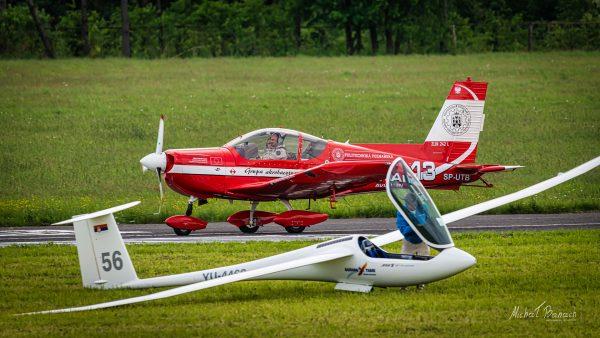 Zlin 242 L (SP-UTB) & Jonker JS-1 (YU-4468) (fot. Michał Banach)