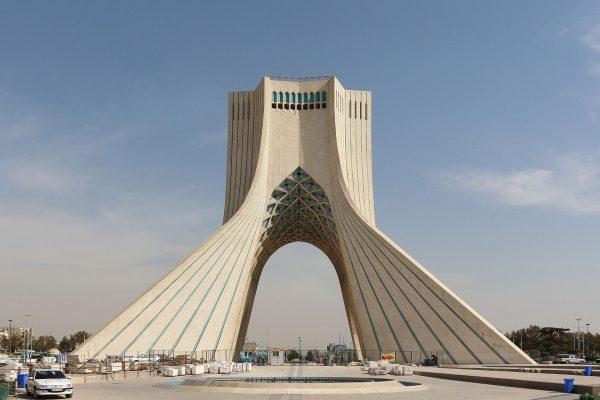 Wieża Wolności w Teheranie (fot. Bernard Gagnon)