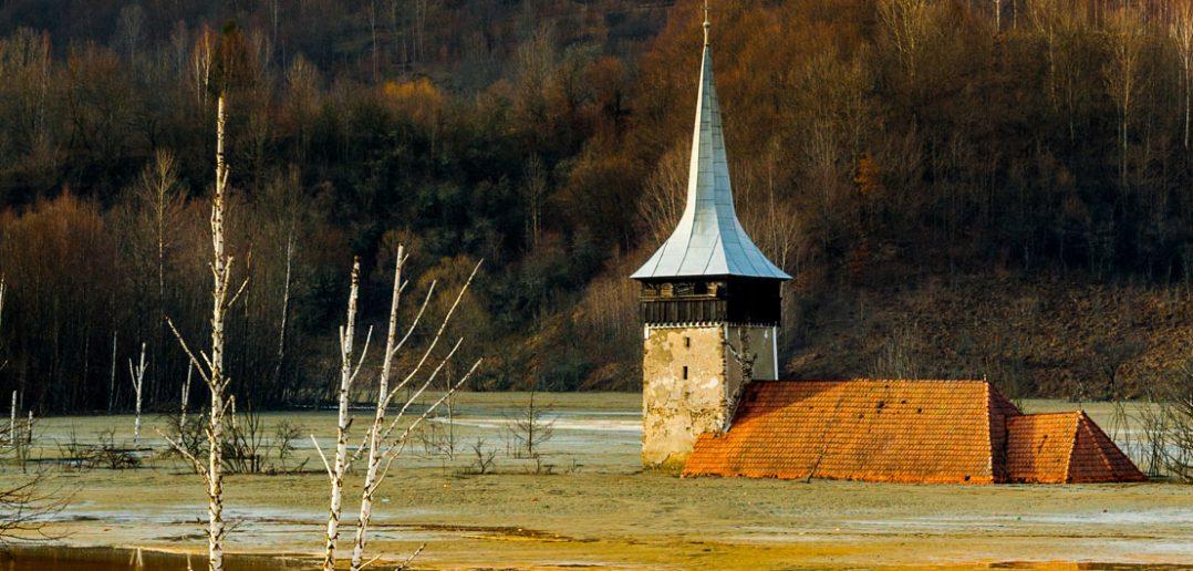 Geamana - zalana wioska i toksyczne jezioro w Rumunii