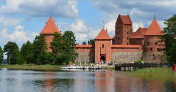 Zamek w Trokach - twierdza na jeziorze