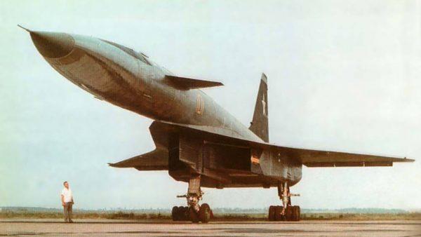 Suchoj T-4