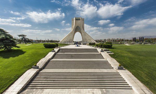 Wieża Wolności w Teheranie (fot. Wikimedia Commons)