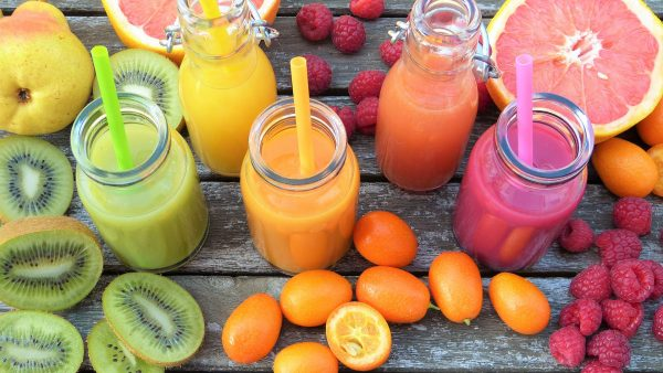 Owoce i warzywa także mają swoją jakość, nie wszystkie tak samo dobrze nadają się do produkcji soków. W większości przypadków na produkty wystarczy spojrzeć, by wiedzieć, czy będą się nadawały do przygotowania domowych soków.