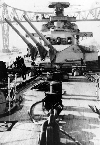 Wieże dziobowe pancernika Scharnhorst