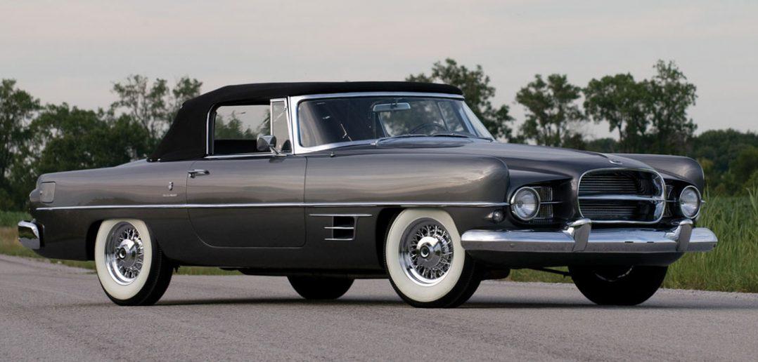 """Dual-Ghia - """"tani"""" luksusowy samochód z lat 50."""