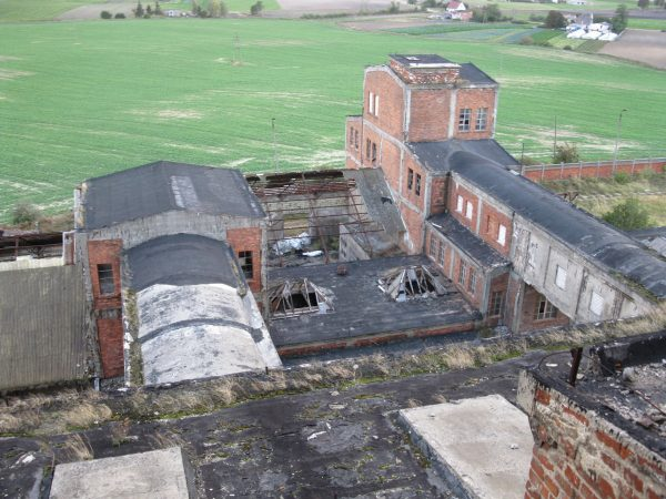 Pozostałości kopalni w Wapnie (fot. Wikimedia Commons)