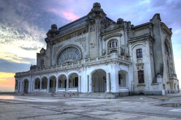 Kasyno w Konstancy współcześnie (fot. Djphazer/Wikimedia Commons)