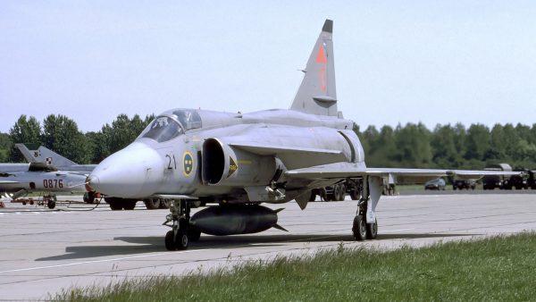 Saab JA37 Viggen (fot. Rob Schleiffert)