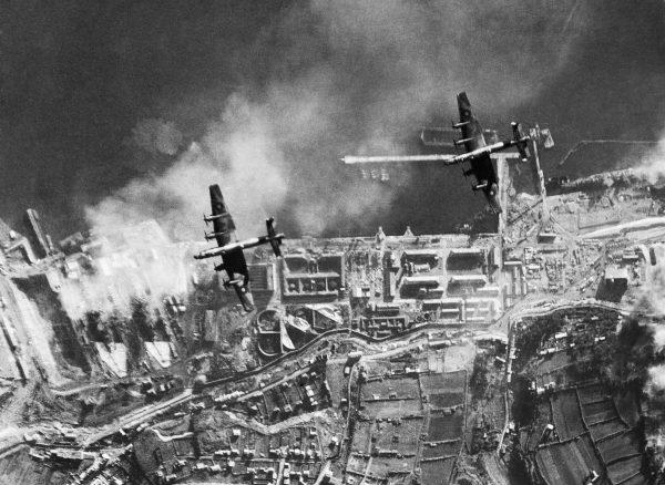 Nalot na port w Breście i znajdujące się w nim niemieckie pancerniki