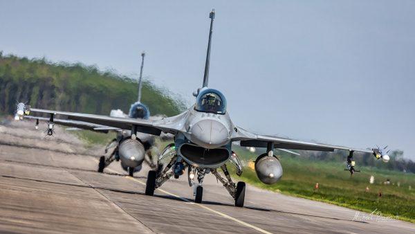 Lockheed Martin F-16C Jastrząb (4054) i (4067) (fot. Michał Banach)