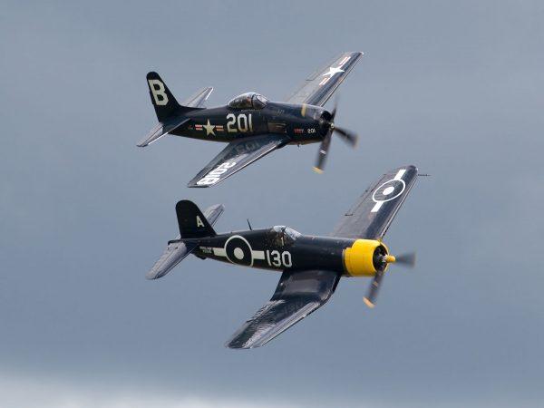 Grumman F8F Bearcat i Vought F4U Corsair (fot. Tony Hisgett)
