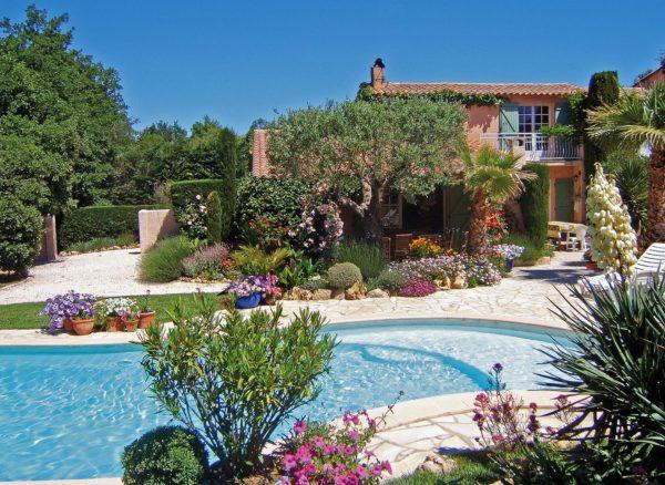 Takie domy wakacyjne znaleźć można np. we Francji