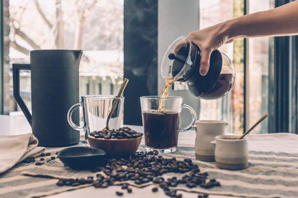 Każdy miłośnik kawy musi zainwestować w dobry ekspres (fot. pixabay.com)