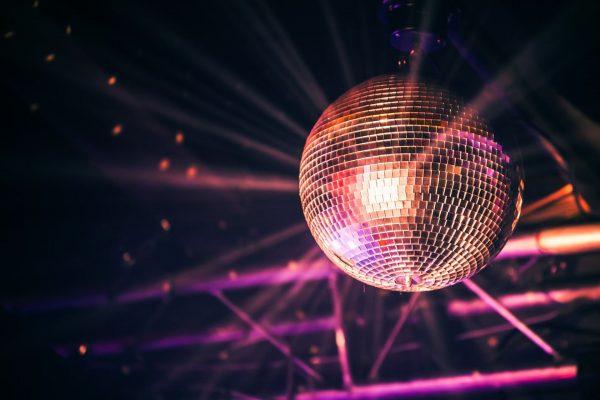Nie daj się jesiennej aurze i idź na disco