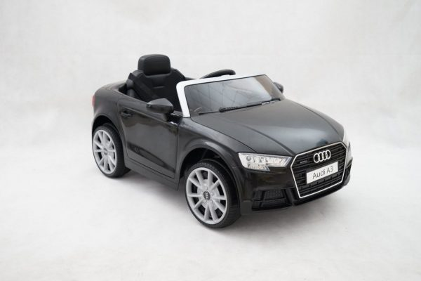 Elektryczny samochód zabawka