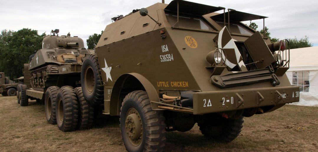 "M25 Tank Transporter ""Dragon Wagon"""