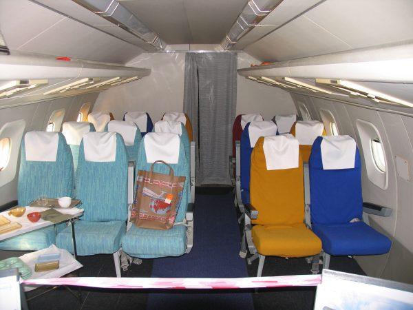 Kabina drugiej klasy Tupolewa Tu-144 (fot. Wikimedia Commons)