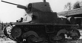 """Włoski czołg lekki L6/40 - """"tankietka (nie)na sterydach"""""""