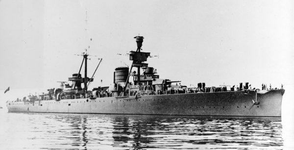 Włoski krążownik Trieste typu Trento