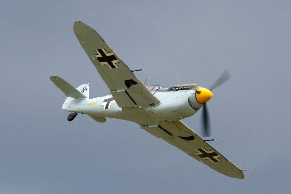 Hispano Aviación HA-1112M1L (fot. Tony Hisgett)