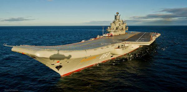 Admirał Kuzniecow (fot. Mil.ru/Wikimedia Commons)