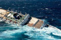Zatonięcie wycieczkowca MTS Oceanos