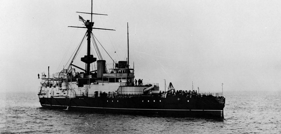 """HMS Victoria - """"pływający kapeć"""" i jego tragiczny los"""