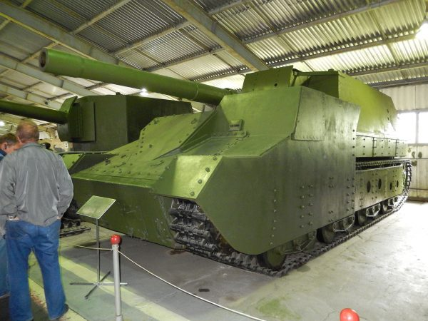 SU-14-2 (fot. Wikimedia Commons)