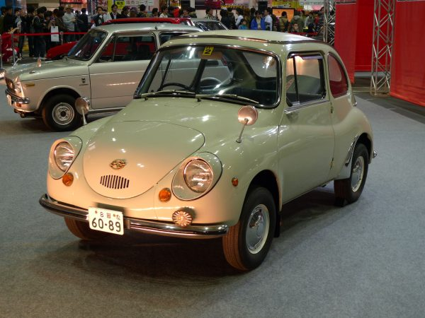 Subaru 360 (fot. Motokoka/Wikimedia Commons)