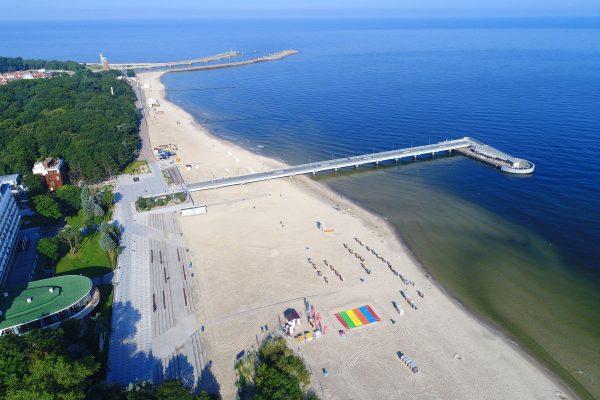Plaża w Kołobrzegu (fot. pixabay.com)