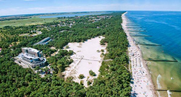 Plaża w Dźwirzynie (fot. havethotel.pl)